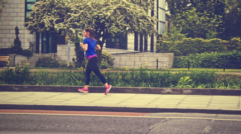 P-woman-running-exercise-fitness-jogging