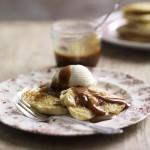 Apple cinnamon pancakes