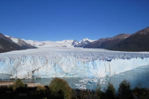 P-perito-moreno-glacier-mountains-argentina