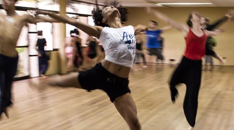 P-people-fitness-class-dance