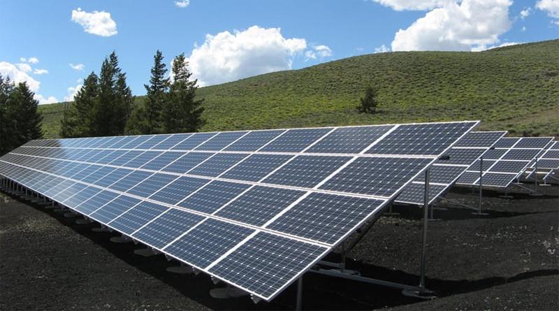 INFOGRAPHIC: HOW DO SOLAR PANELS WORK?